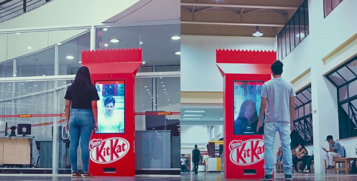 4-kitkat-met-en-place-un-distributeur-pour-vous-faire-garder-votre-serieux