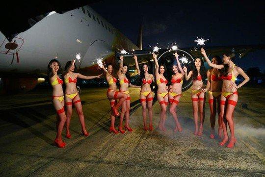 1-vietjet-compagnie-aerienne-ou-les-hotesses-de-l-air-son-es-mannequins-en-bikini