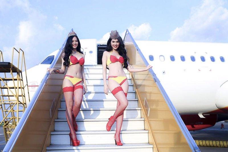 6-vietjet-compagnie-aerienne-ou-les-hotesses-de-l-air-son-es-mannequins-en-bikini