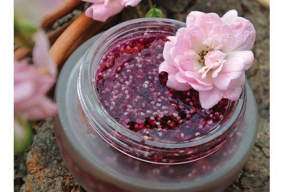 Demaquillant-a-la-vanille-et-aux-fleurs-hibiscus