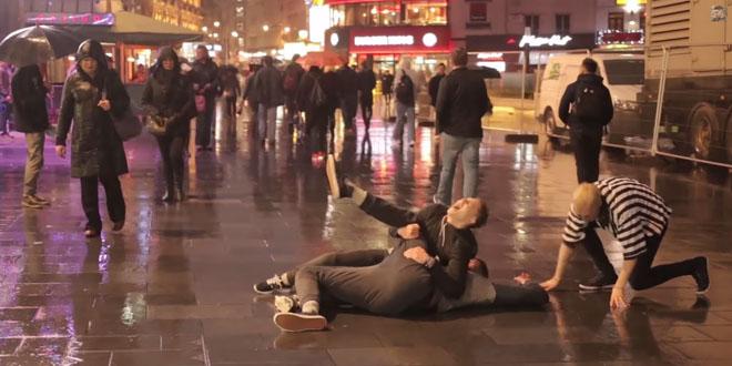 blague-catch-rue-public