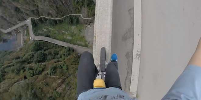roumain-flaviu-sans-securite-monocycle-pont
