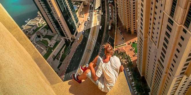 sport-extreme-base-jump-a-dubai