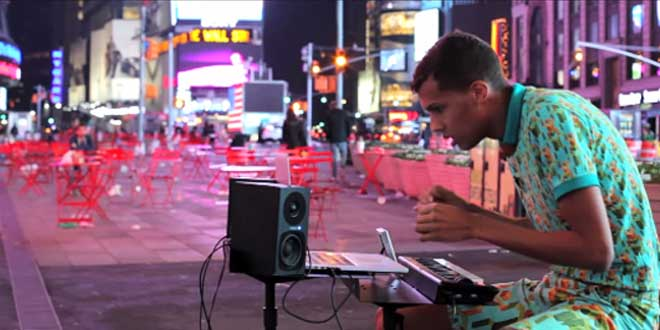 stromae-papaoutai-rue-new-york