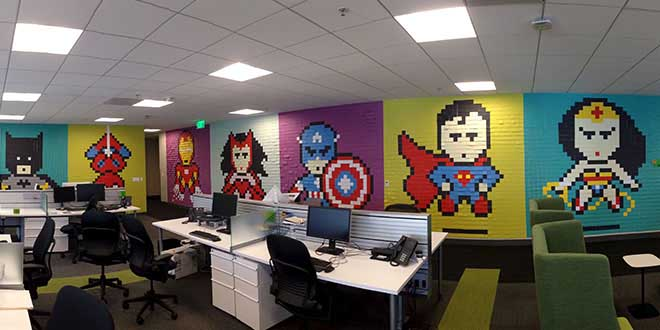 super-heros-fresque-bureau-post-it