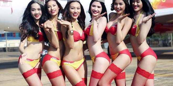 vietjet-compagnie-aerienne-ou-les-hotesses-de-l-air-son-es-mannequins-en-bikini