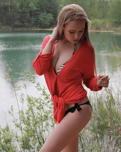 5-oksnana-neveselaya-la-prof-de-maths-la-plus-sexy-du-monde