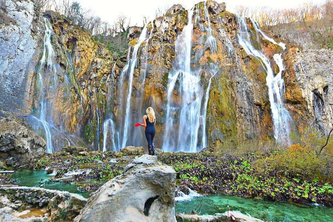 a-27-ans-elle-est-la-seule-femme-a-avoir-visite-tous-es-pays-du-monde-croatie