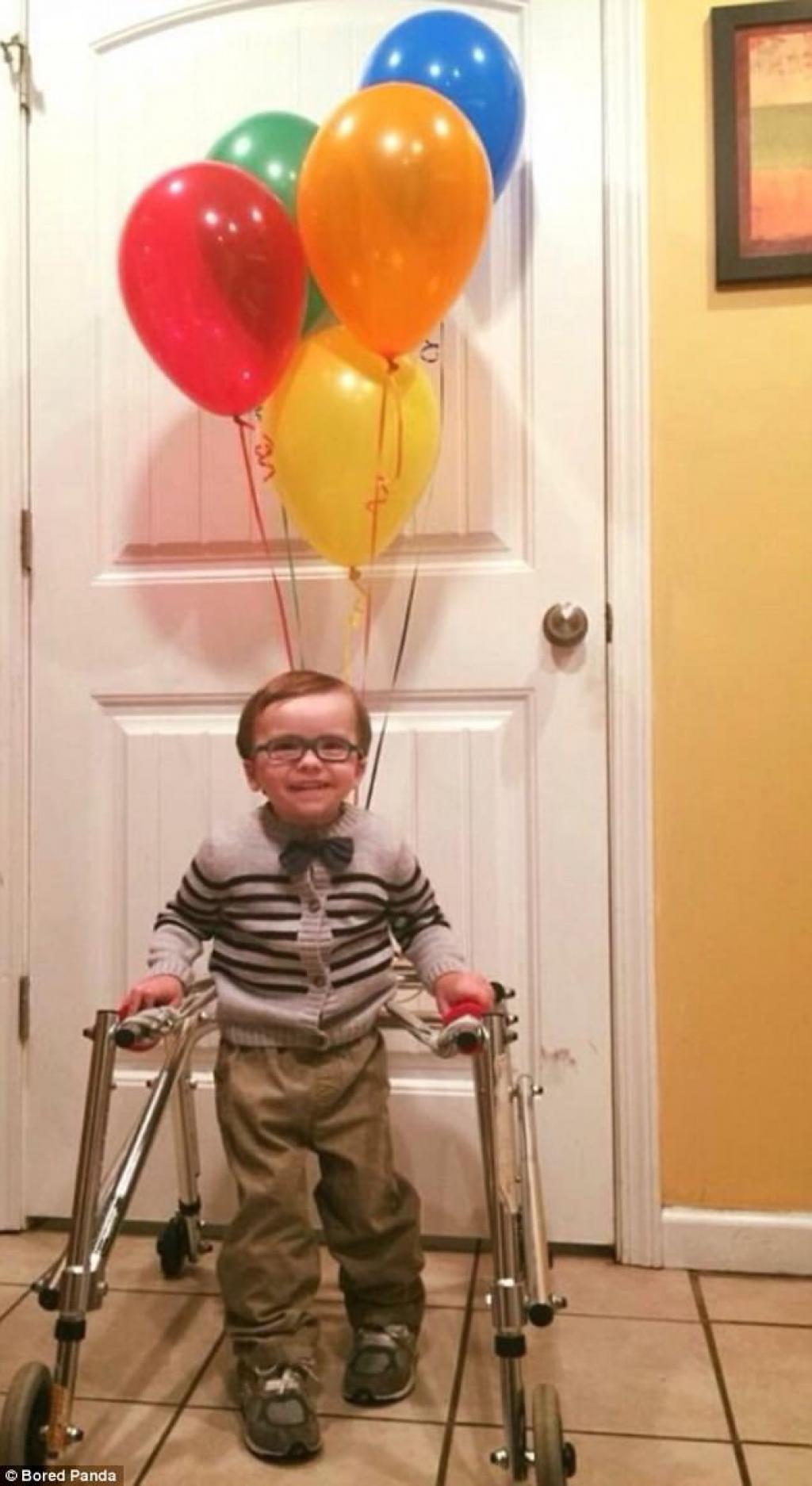 Top-10-les-photos-de-personnes-handicapees-qui-remportent-la-palme-des-meilleurs-costumes-d-Halloween