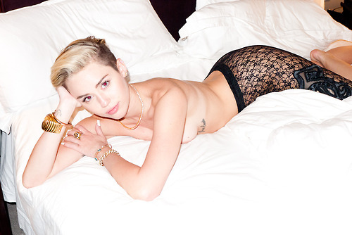 miley cyrus a poil